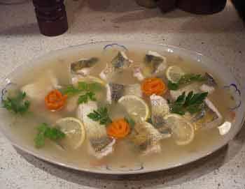 Рыба заливная